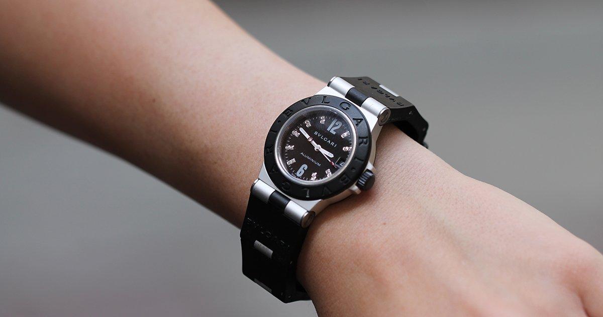 e84802b0f1e How to Spot a Fake Bulgari Watch