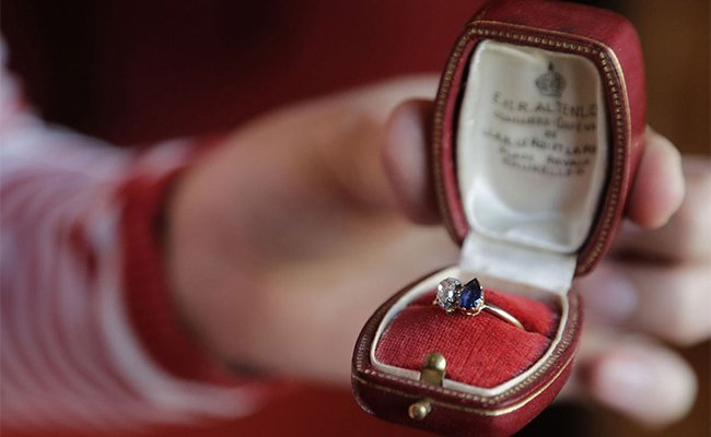 Napoleon's engagement ring for Josephine fetches $948,000 at Auction